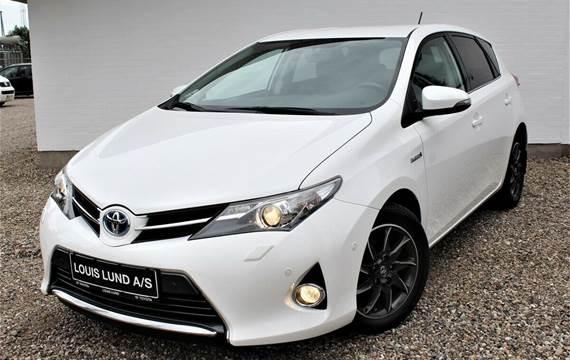 Toyota Auris Hybrid H2 Premium CVT 1,8