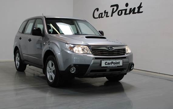 Subaru Forester D X AWD 2,0