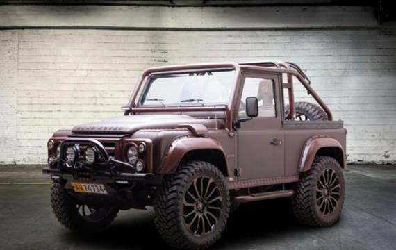 """Land Rover Defender 90"""" Soft Top 2,4"""