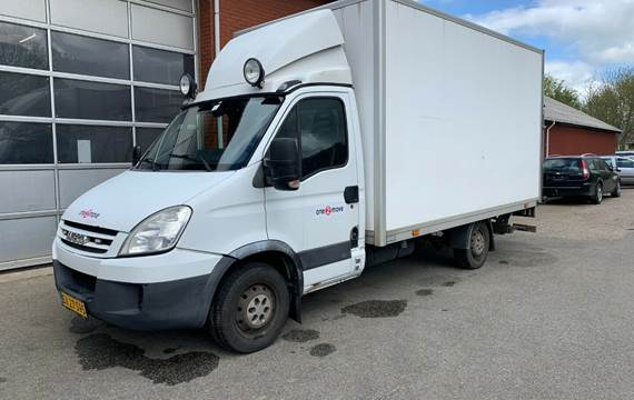 Iveco Daily 35S18 Alukasse m/lift 3,0