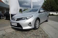 Toyota Auris Valvematic T2  5d 6g 1,6