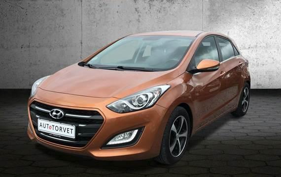 Hyundai i30 CRDi 110 Premium 1,6