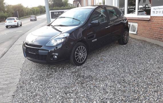 Renault Clio III 16V TCe Expression ST 1,2