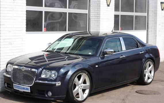 Chrysler 300C Hemi aut. 5,7