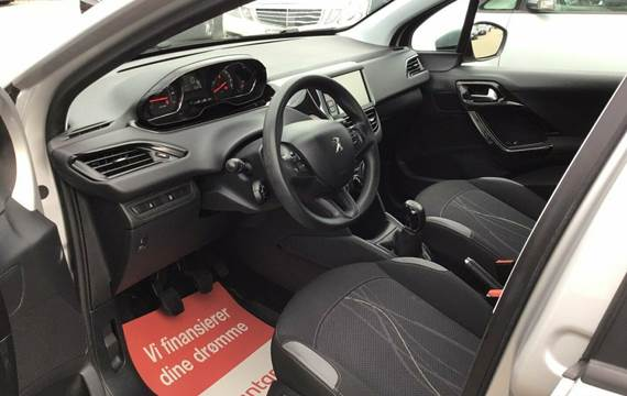 Peugeot 208 VTi Active 1,0