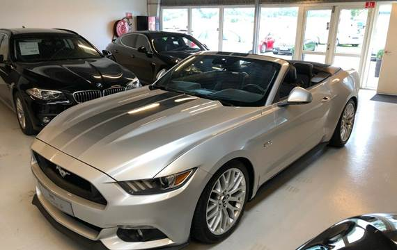 Ford Mustang V8 GT Convertible 5,0