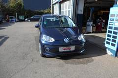 VW UP! BMT Life  5d 1,0