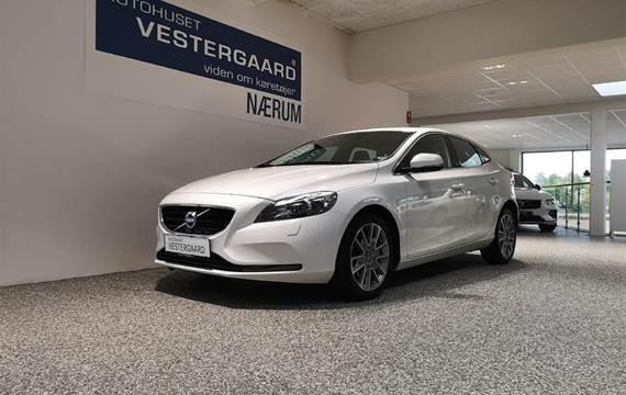 Volvo V40 T2 Momentum  Stc 6g 2,0