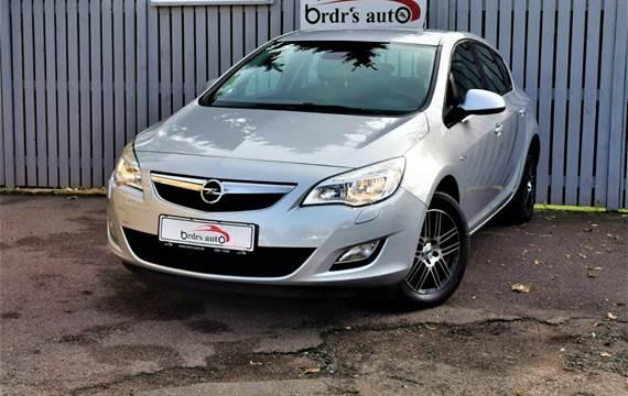 Opel Astra CDTi 95 Enjoy 1,3
