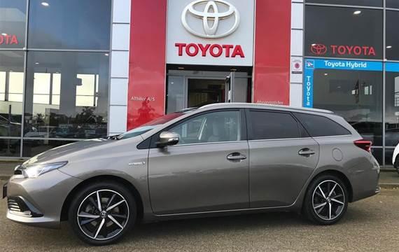 Toyota Auris 1,8 Touring Sports  B/EL H2 Selected  Stc Aut.
