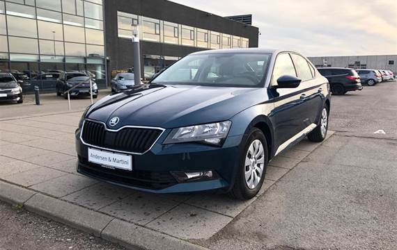Skoda Superb TSI Active  5d 6g 1,4
