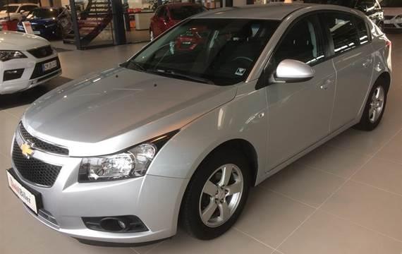 Chevrolet Cruze LT  5d 1,8