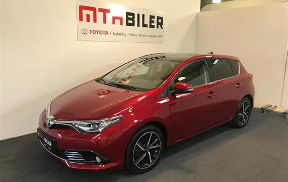 Toyota Auris 1,2 T T2 Style Skyview  5d 6g