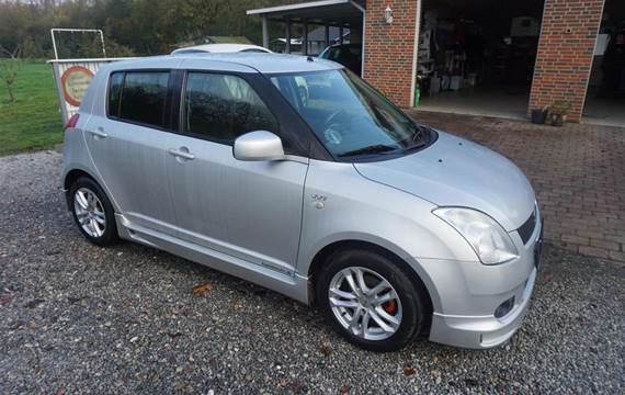 Suzuki Swift  5d 1,5