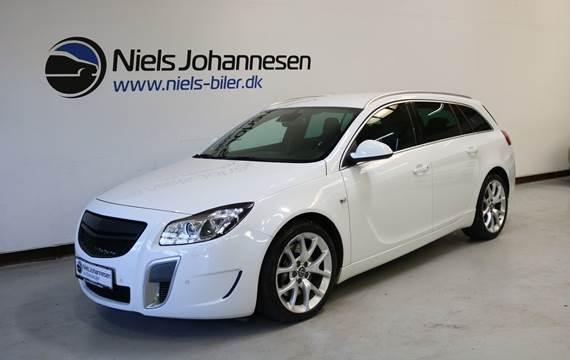Opel Insignia OPC ST 4x4 2,8