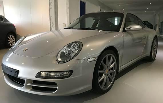 Porsche 911 Carrera 4S Coupé Tiptr. 3,8