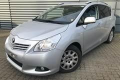 Toyota Sportsvan D-4D T2 2,0
