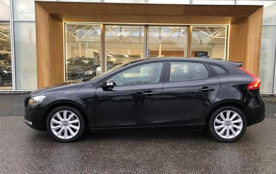Volvo V40 D3 Kinetic  Stc 6g 2,0