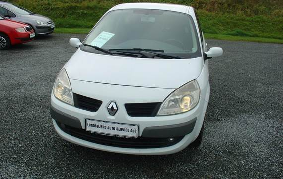 Renault Grand Scenic II dCi Authentique Comfort 1,9