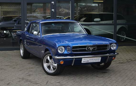 Ford Mustang V8 302cui. 4,9
