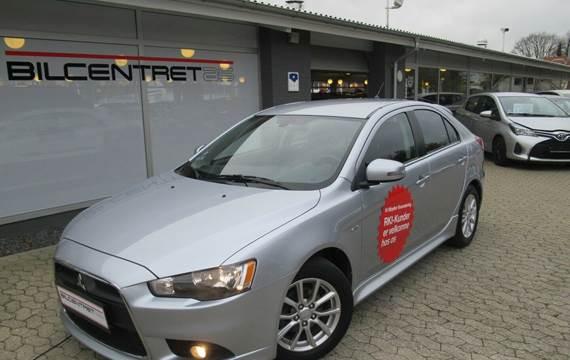 Mitsubishi Lancer Invite SportBack 1,6