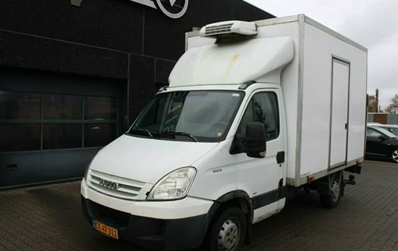 Iveco Daily 35S12 Alukasse m/lift+køl 2,3