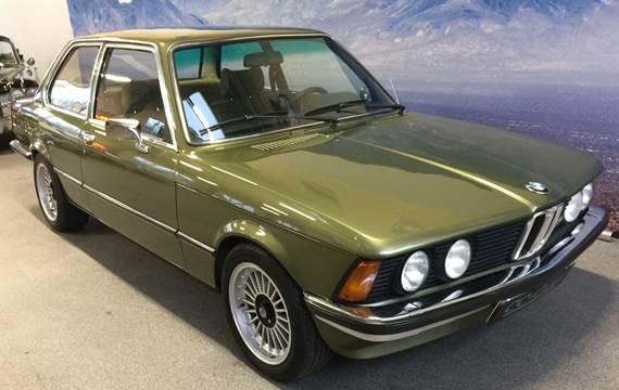 BMW 323i 2,3