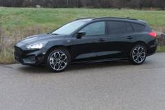 Ford Focus EcoBoost ST-Line stc. 1,5