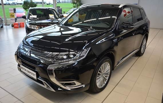 Mitsubishi Outlander 2,4 PHEV Instyle CVT 4WD