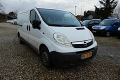 Opel Vivaro DTi L2H1 Van 1,9