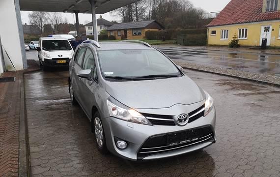 Toyota Verso 1,8 VVT-i 7 sæder