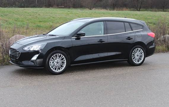 Ford Focus EcoBoost Titanium Business stc 1,5