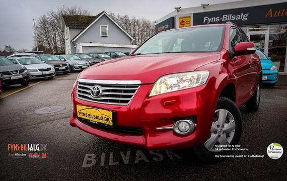 Toyota RAV4 2,0 VVT-i T2 4x4 Van