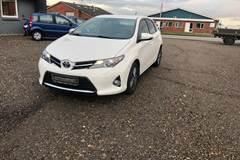 Toyota Auris Valvematic Hatchback MMT 1,6