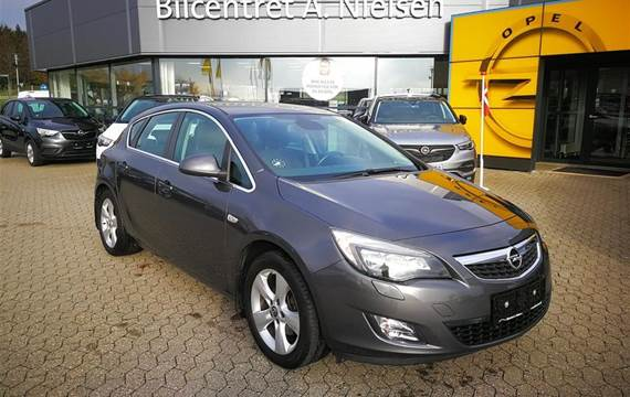 Opel Astra 1,6 Turbo Sport  5d 6g