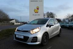 Kia Rio CRDI Attraction  5d 6g 1,1