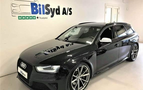 Audi RS4 FSi Avant quattro S-tr. 4,2